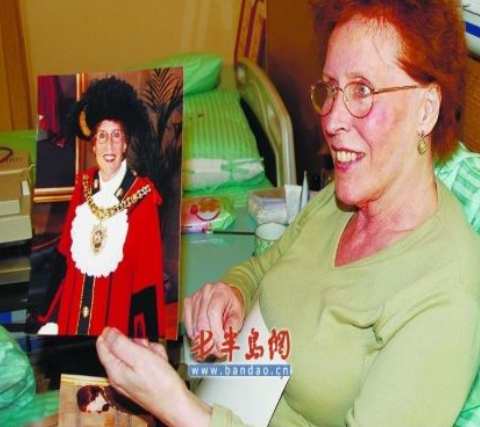 Audrey Jones, Lord Mayor of Manchester,UK (Reported in Xinhua, China Press and China local news)